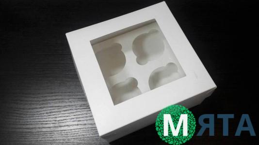 Коробка на 4 капкейка с окошком