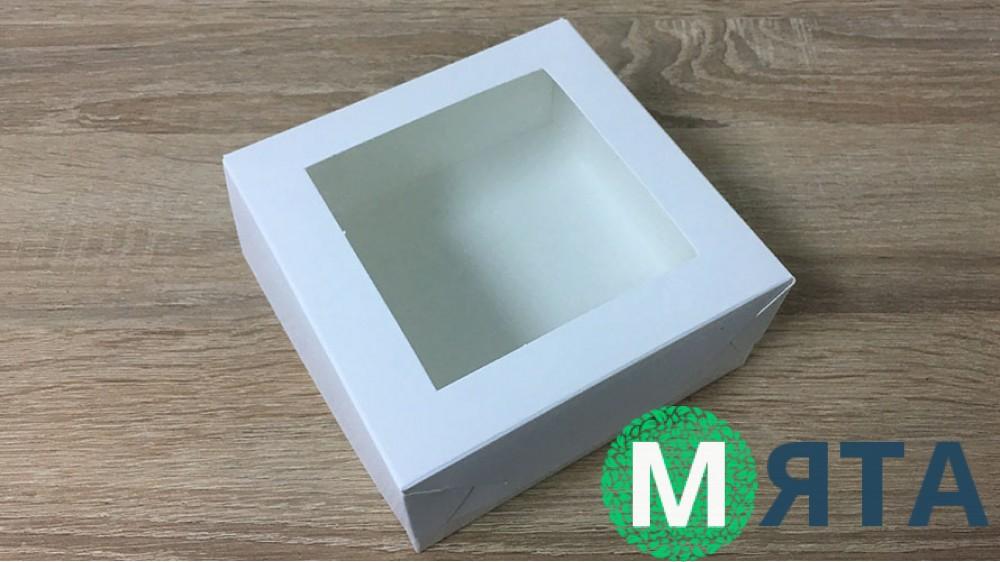 Коробка для десертов 13х13х6 см