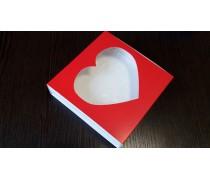 Коробка для пряников 12х12х3 см, окошко-сердце. Красная