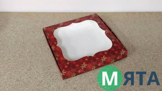 Коробка для пряников Красная-Золотые Снежинки, 23х23х3 см