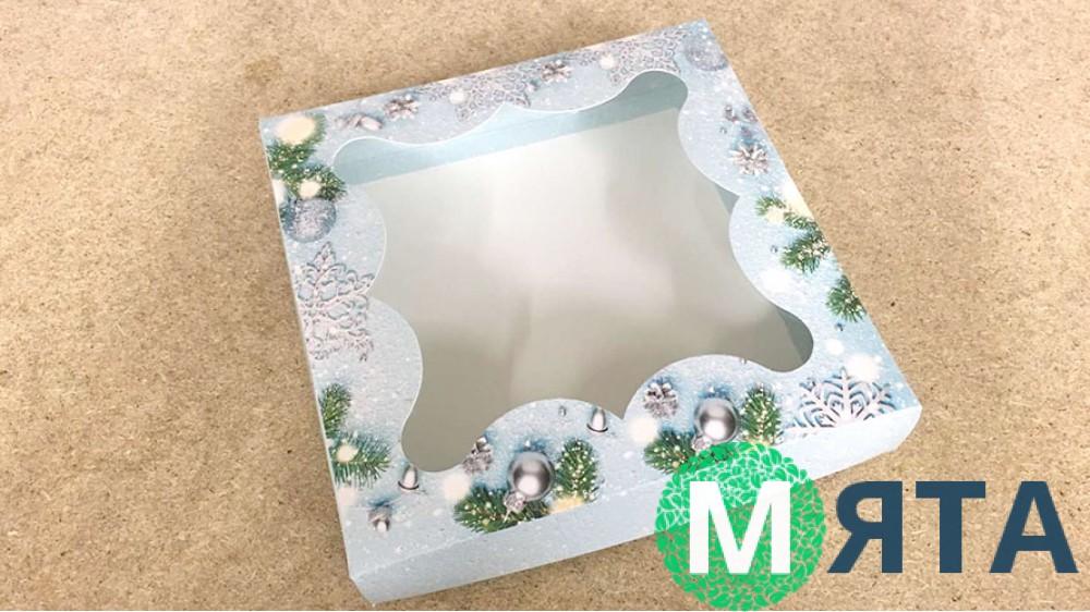 Коробка для пряников Снежинки, 15х15х3 см
