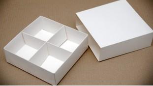 Коробка для сладостей 16х16х5,5 см