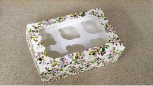Коробка с окошком для 6 капкейков, Цветы