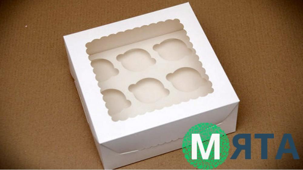 Коробка с окошком для 9 капкейков