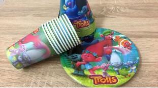 Набор праздничной посуды Тролли